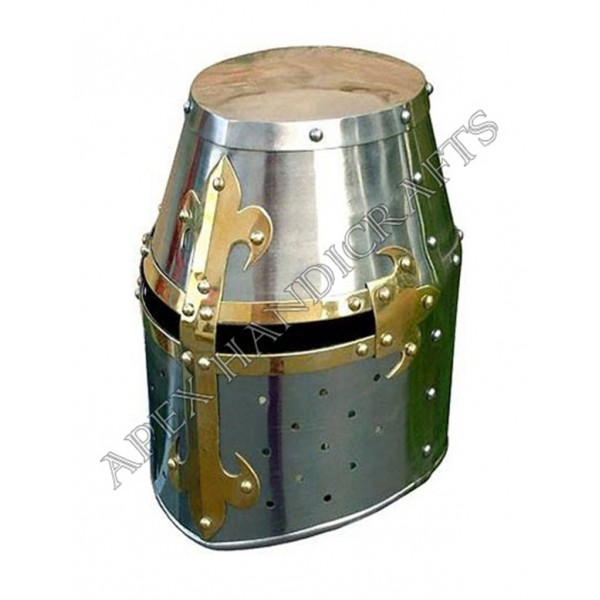Deluxe Crusador Helmet with Brass Fittings  APX-66...
